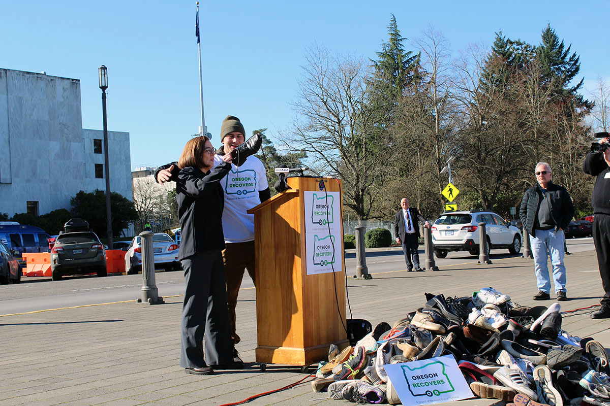 Kate Brown addresses Oregon Recovers