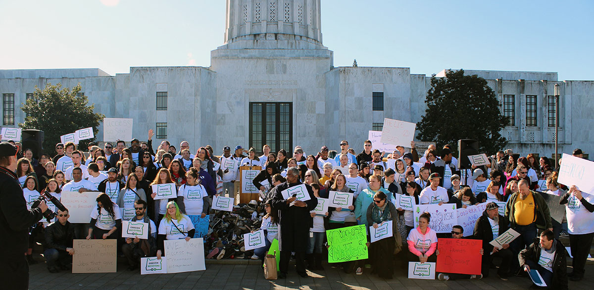 Oregon Recovers group in front of the Capitol in Salem