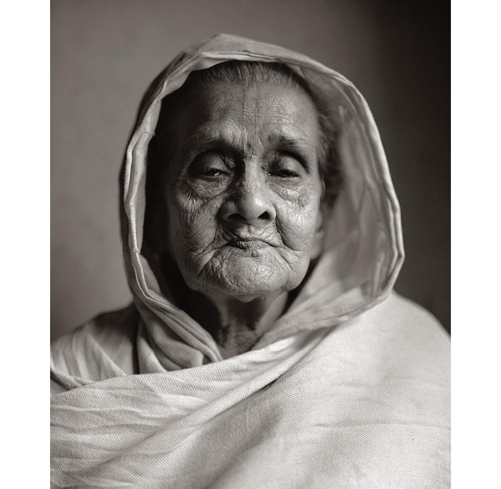 Abala Dasi portrait by Fazal Sheikh