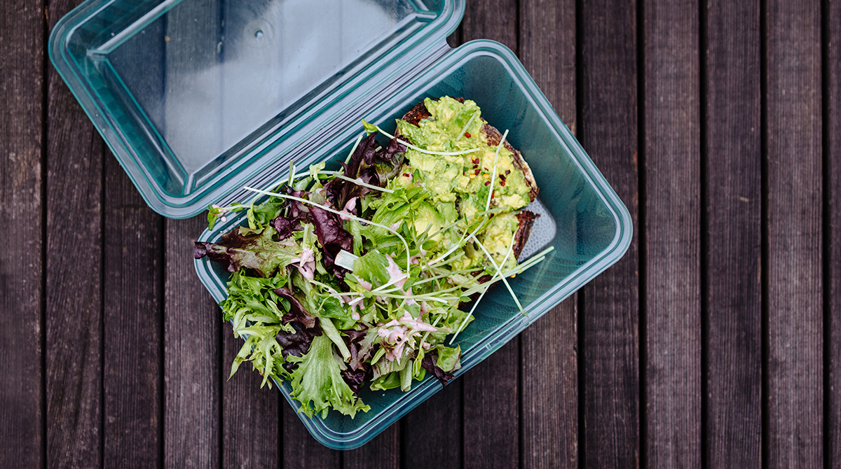 Portland Restaurants Aim To Cut Waste But Recyclable And Compostable Take Out Containers Go To Landfills Street Roots