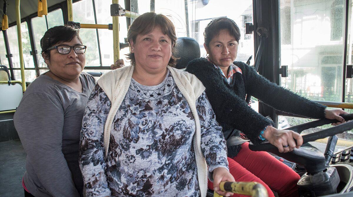 La Domitila school bus team