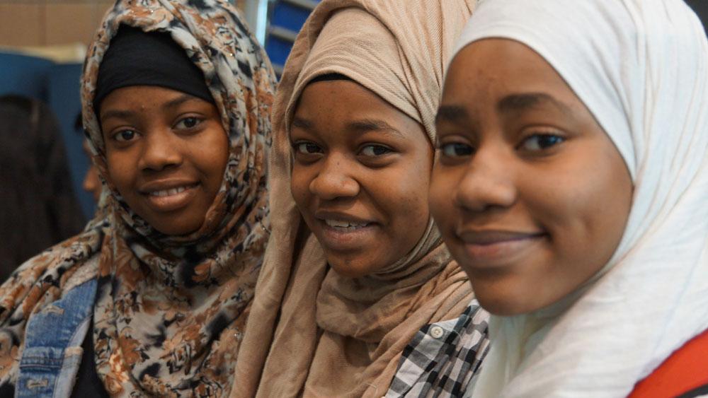 Fowzia Ibrahim and two sisters