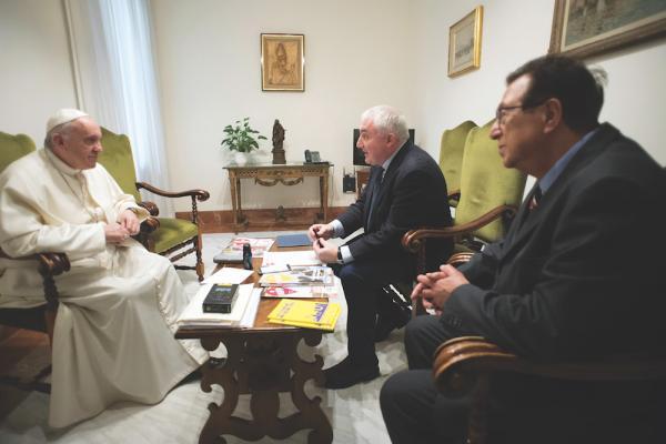 Pope Francis interview with Scarp de' tenis