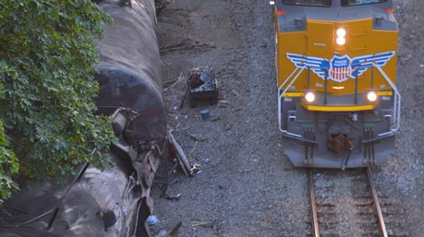 Train passes Mosier derailment
