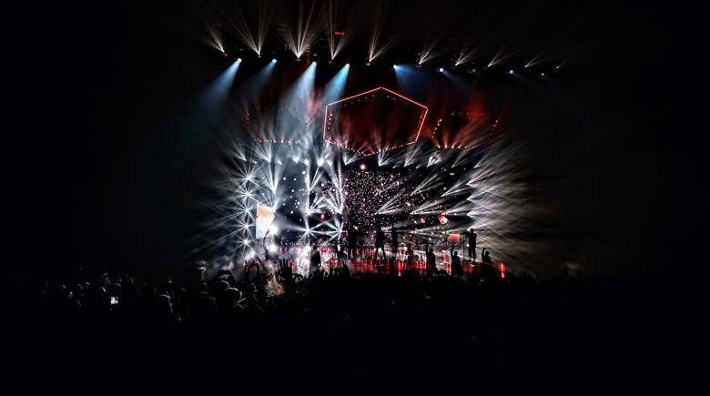 Veterans Memorial Coliseum stage