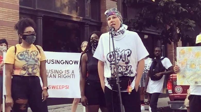 Jennifer Bennetch speaks at a rally