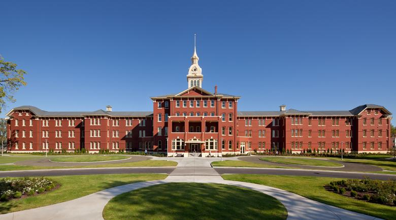 The exterior of the Oregon State Hospital